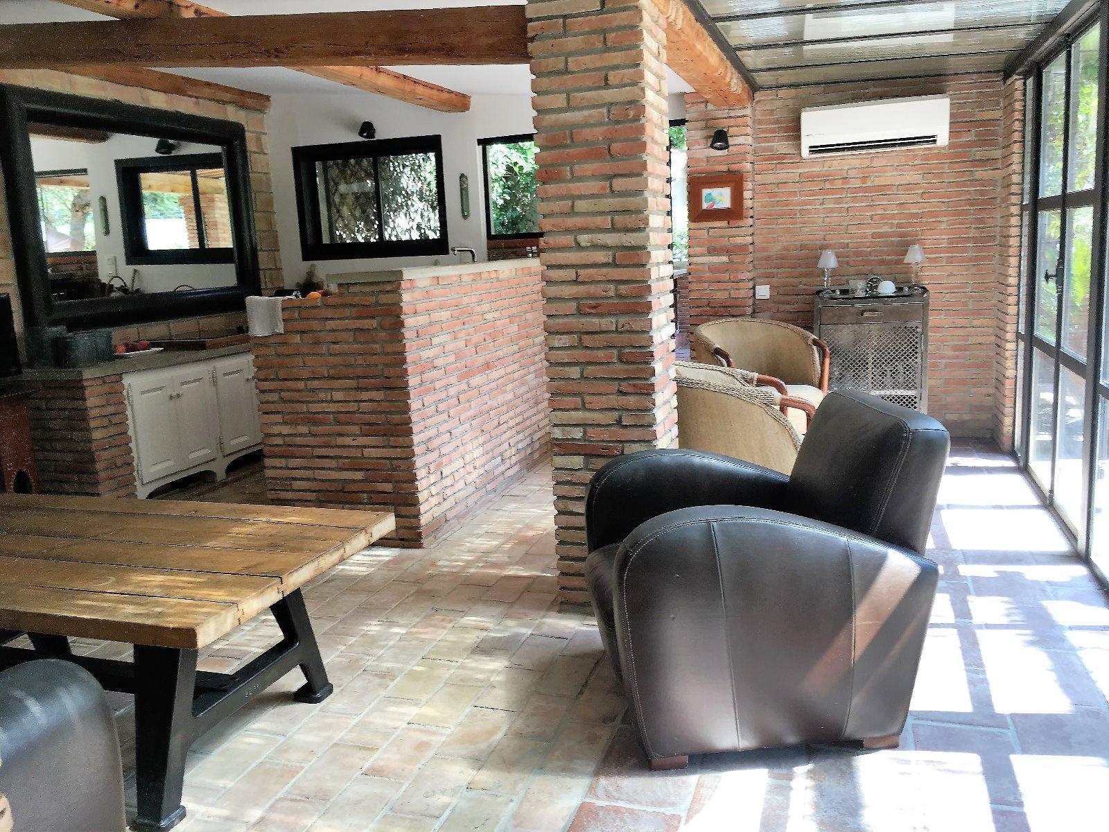 Vente magnifique projet de r novation d 39 une maison for Garage a vendre toulon mourillon